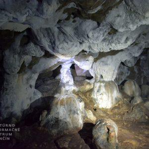 pruzinska dupna jaskyna